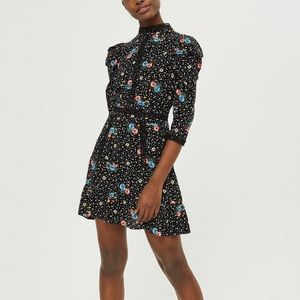 star floral lace dress